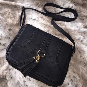 Boohoo black cross body bag NWOT
