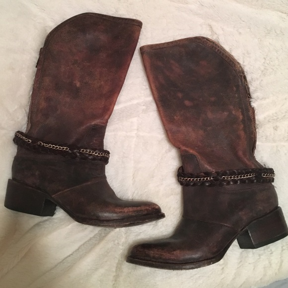 a1ba407b727 Free People Shoes - 🦄 FREEBIRD by Steve Madden boots