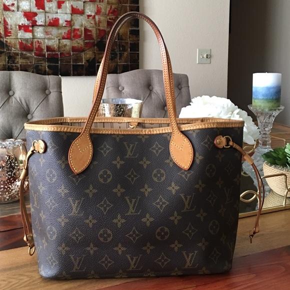 e23a46de91df Louis Vuitton Handbags - 💥SALE💥AUTHENTIC LOUIS VUITTON NEVERFULL PM