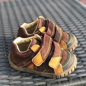 Umi Other - Baby Boy Brown UMI shoes size 20