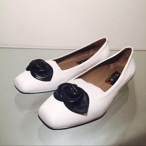 Shoes - Everybody by B.Z. MODA White Black Bow Ballerina