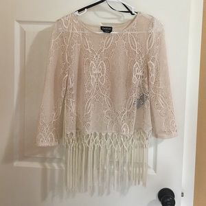 bebe Tops - BEBE 3/4 sleeve FRINGE TOP