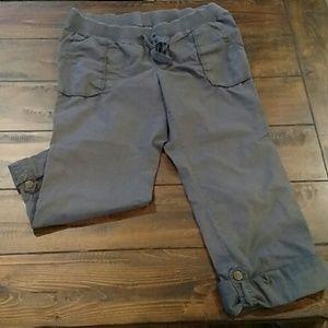 Maternity Pants / Capris