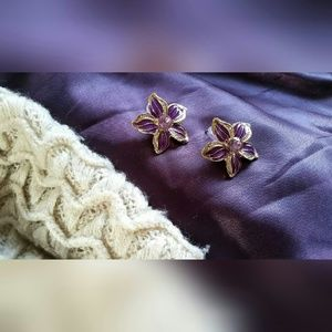 Jewelry - Purple Lily Earrings