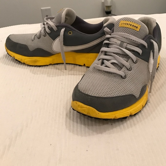 LIMITED EDITION like-New live strong Nikes