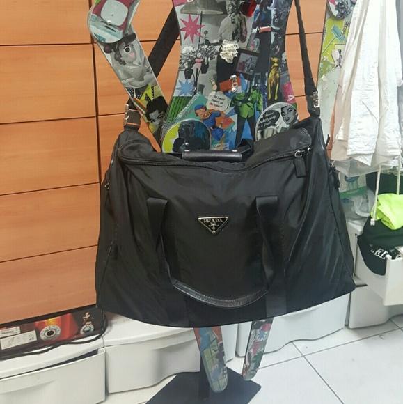 14456f8ff96b Prada Black Tessuto Nylon Weekender Bag. M 588a883b6a583048b201caff