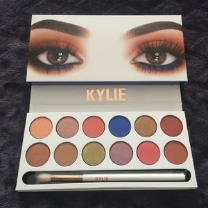 Kylie Cosmetics Other - Kylie Cosmetics Royal Peach Palette | Kyshadow🍑