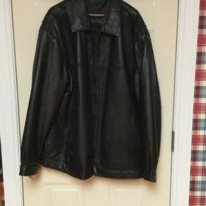 Roundtree & Yorke Other - NWOT men's black leather jacket