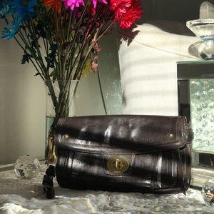 Coach Legacy Hampton Leather Clutch Style: 12450.