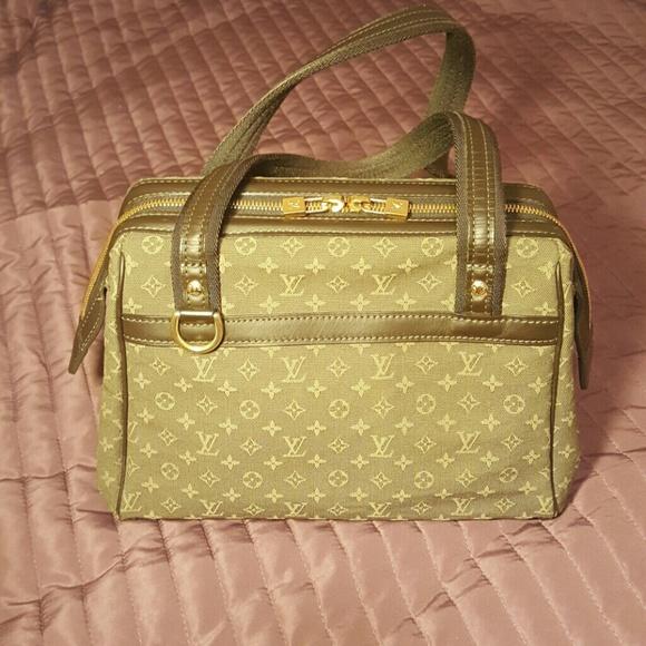 0d29ae4e75f2 Louis Vuitton Handbags - Authentic Louis Vuitton Josephine Mini Lin Khaki