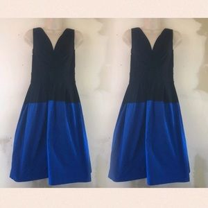 DKNY Dresses & Skirts - Gorgeous belie and black dress