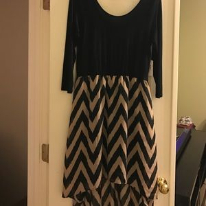 Charming Charlie Dresses & Skirts - Charming Charlie 3/4 Sleeve, Scoop Neck Dress