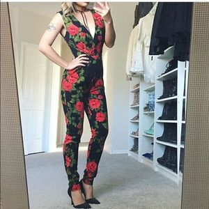 Pants - Garden of roses jumpsuit