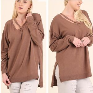tla2 Sweaters - CROSS TOP LIGHT SWEATER