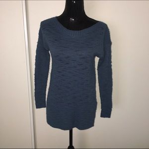 XS Lou and gray blue sweater