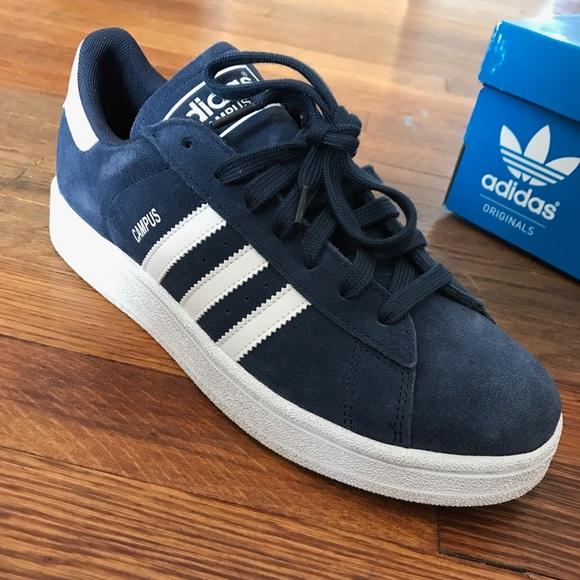 Campus Adidas, Navy blue color.