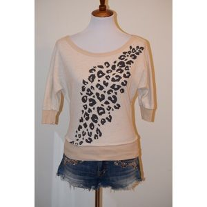 3/4 sleeves leopard print top