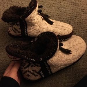 Muk Luks Shoes - SUPER SOFT BOOTIE SLIPPERS❤️️