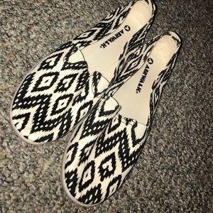 printed airwalk slip-ons