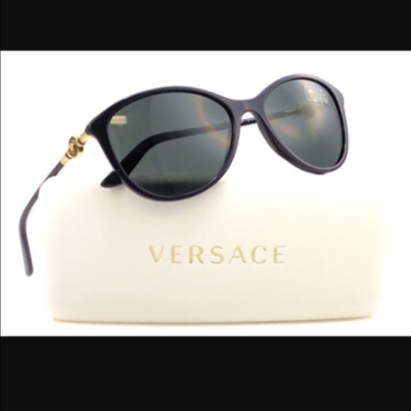 d73bacb78f4 Authentic polarized Versace shades. M 588ac2fcf0137d6ae602d391. Other  Accessories ...
