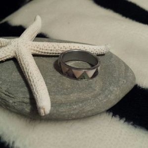 Jewelry - LOVELY Ablone Shell INLAY RING SZ 6