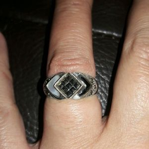 Jewelry - Sterling Silver ring 925
