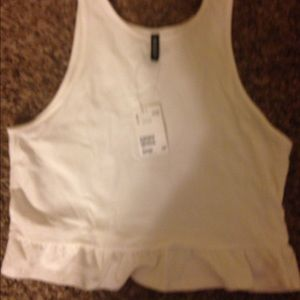 White H&M crop top with ruffled bottom