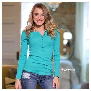 ✨RESTOCKED✨Teal button up long sleeve top