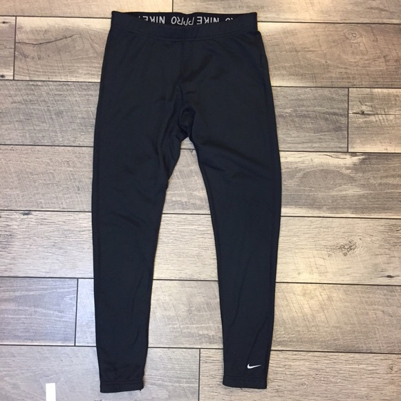 6d12927408aa3 Nike Pro Fleece Lined Leggings. M_588ad6837fab3a01aa0338d5