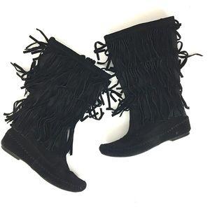 LC Lauren Conrad Shoes - Lauren Conrad boho fringe booties