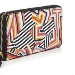 Tory Burch Handbags - Tory Burch NWT wallet