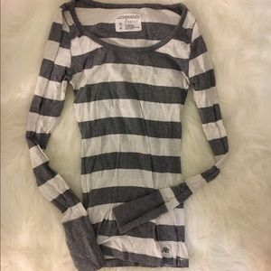 Tops - 3 for $10 📦 Long sleeve striped tee
