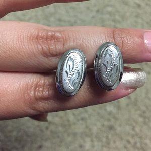 Jewelry - Vintage metal earrings (for non pierced ears)