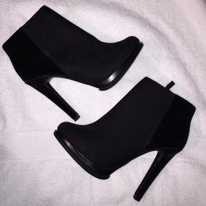 Zara trafaluc high heel booties size 40
