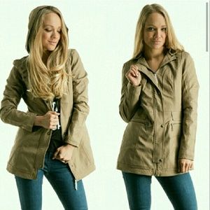 Fashionomics Jackets & Blazers - Sale Faux leather Utility jacket w/faux fur lining