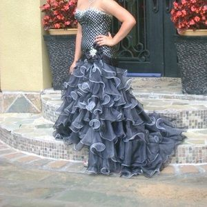 Tony Bowls Limited Edition Prom Dress