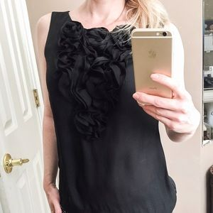 Tops - Adorable black sleeveless top with floral details