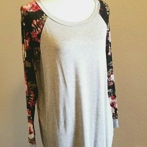 Floral long sleeve top, gray