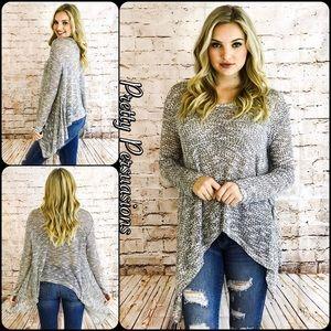 Pretty Persuasions Sweaters - SALE 🎉Gray & Black Asymmetrical Slub Knit Tunic