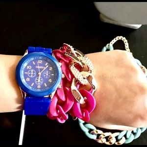 Accessories - Bundle ‼️ Watch and 2 bracelets❣️