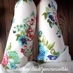 White Blue Pink Peony Floral Print Leggings