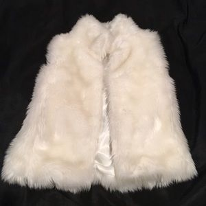 Epic Threads Other - Girls Faux Fur Vest