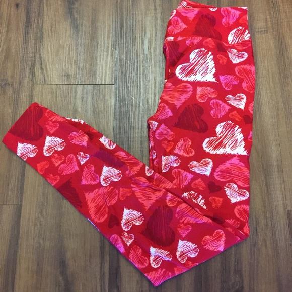 87a39d8e35265 LuLaRoe Pants | Valentines Day 2017 Heart Os Leggings | Poshmark