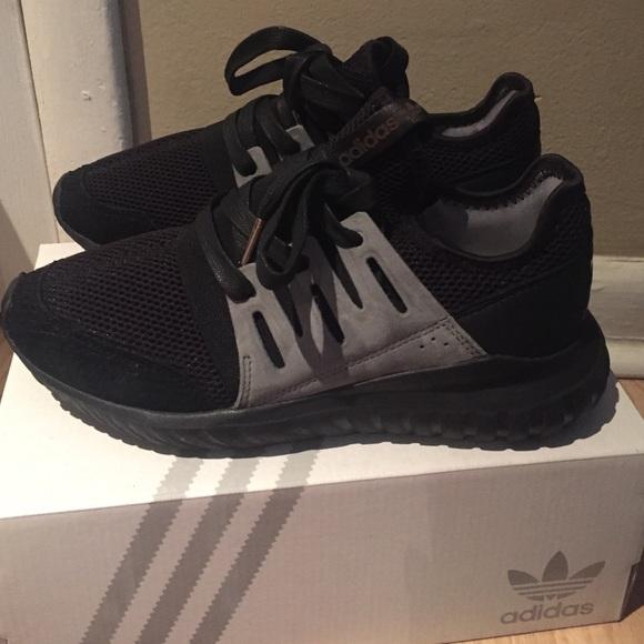 Adidas Tubular Size 6