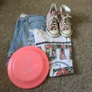 Converse Shoes - Converse pink high tops splattered