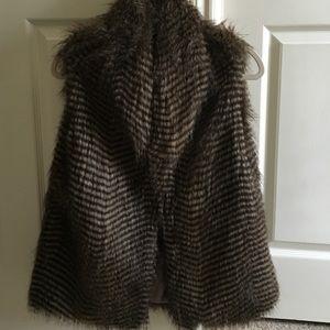 Faux fur vest- Size M/L
