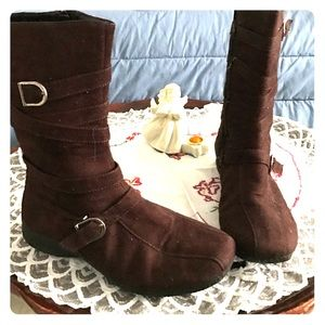 Me Shoes - Boots Made for Slaying