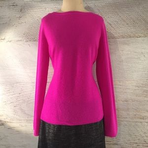 Amazing hot pink cashmere sweater L