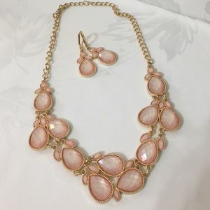 Jewelry - Blush pink and gold necklace and earring set