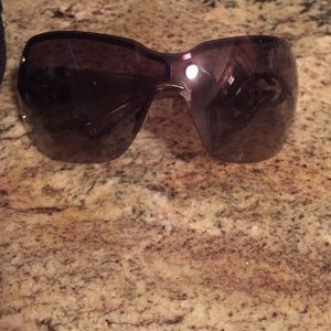 Gucci sunglasses worn once